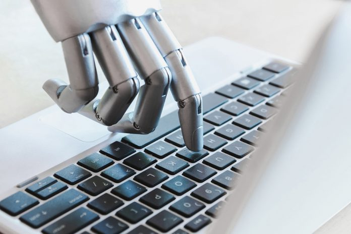 Robo-Investing vs DIY Investing: Which is Better?